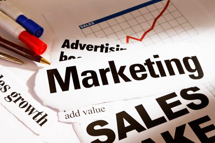 training Marketing Mix dan Loyalitas Konsumen