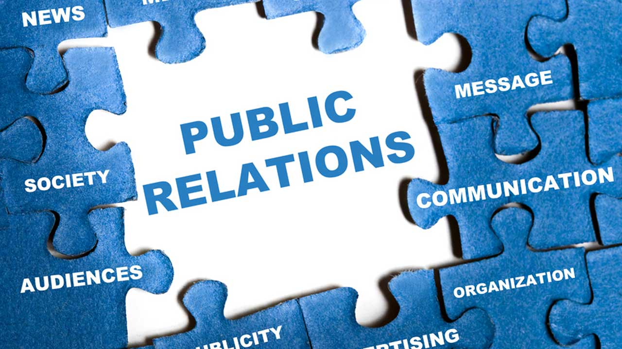 pelatihan Public Relations and Media Skills